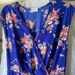 Sienna Sky jumpsuit floral in blue.